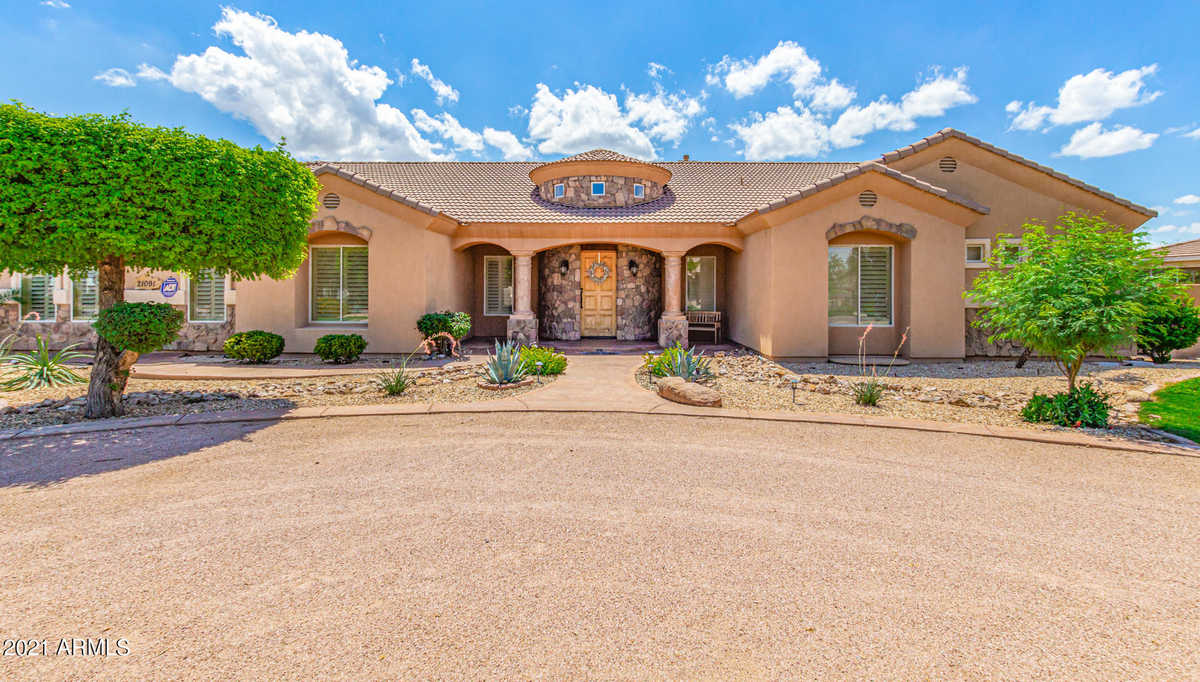 $1,050,000 - 5Br/4Ba - Home for Sale in Orchard Ranchettes, Queen Creek