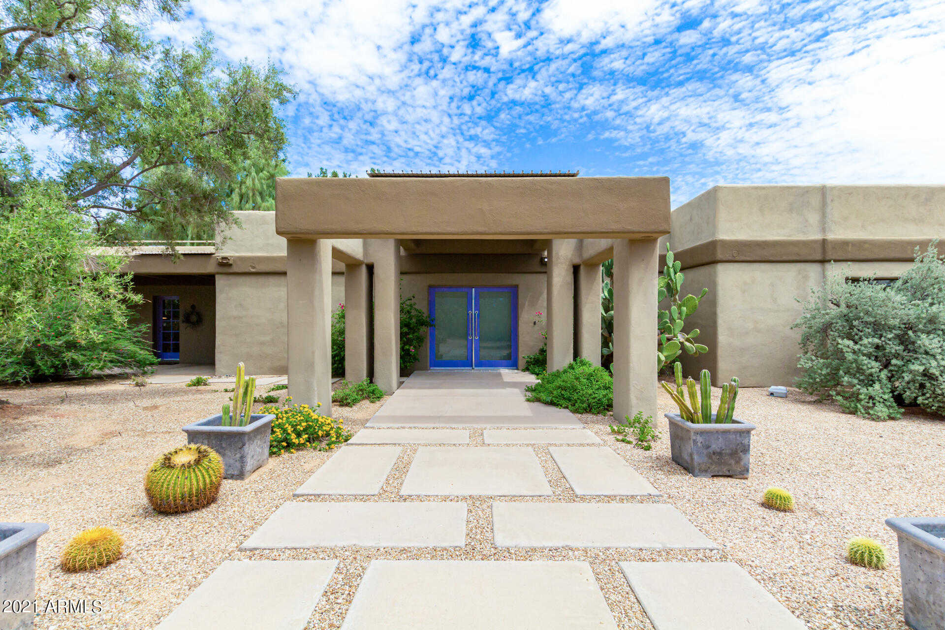 $1,950,000 - 3Br/3Ba - Home for Sale in Salida Del Sol, Paradise Valley