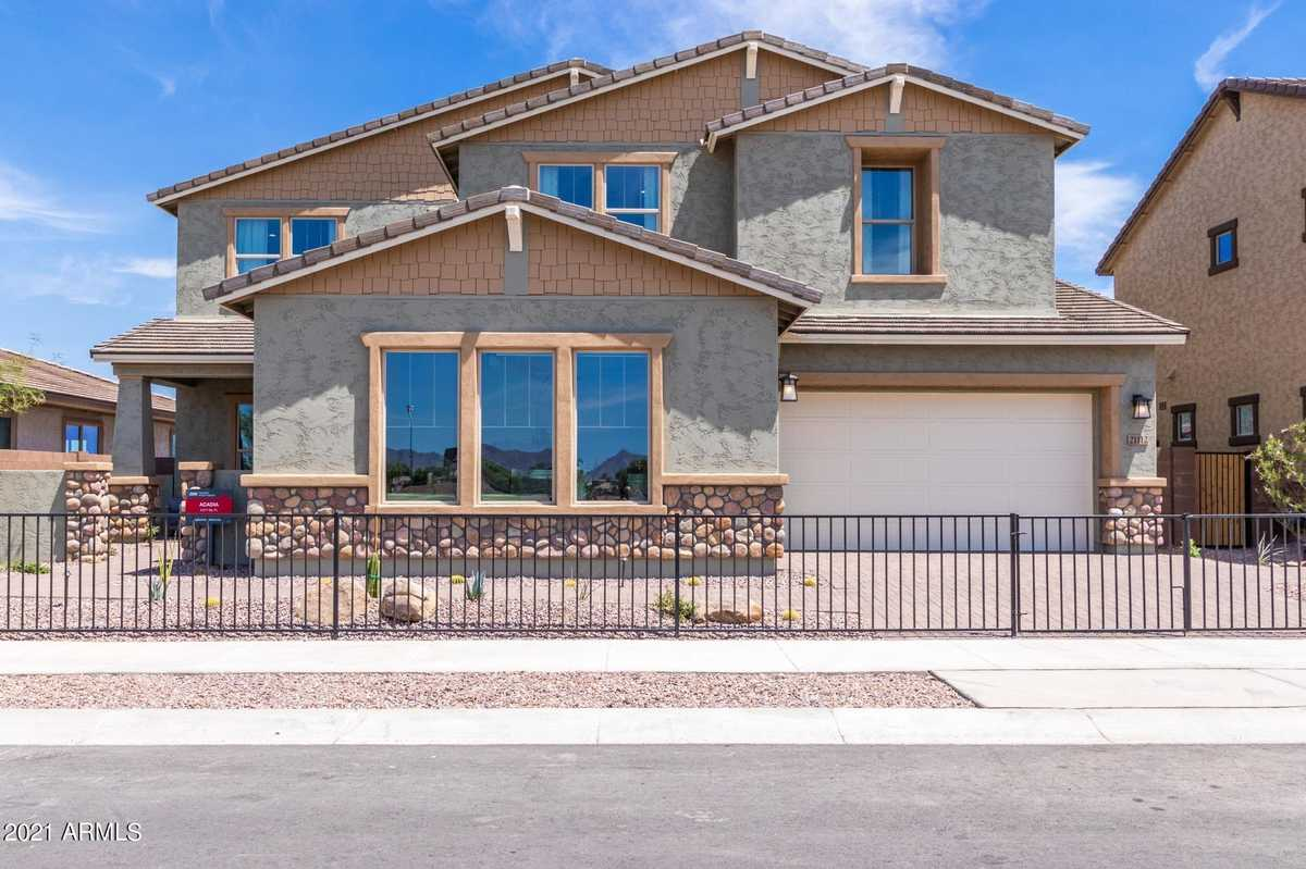 $923,990 - 5Br/4Ba - Home for Sale in 354 Terravella Phase 2, Queen Creek