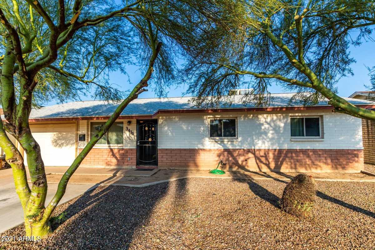 $389,900 - 3Br/2Ba - Home for Sale in Westway Park, Tempe