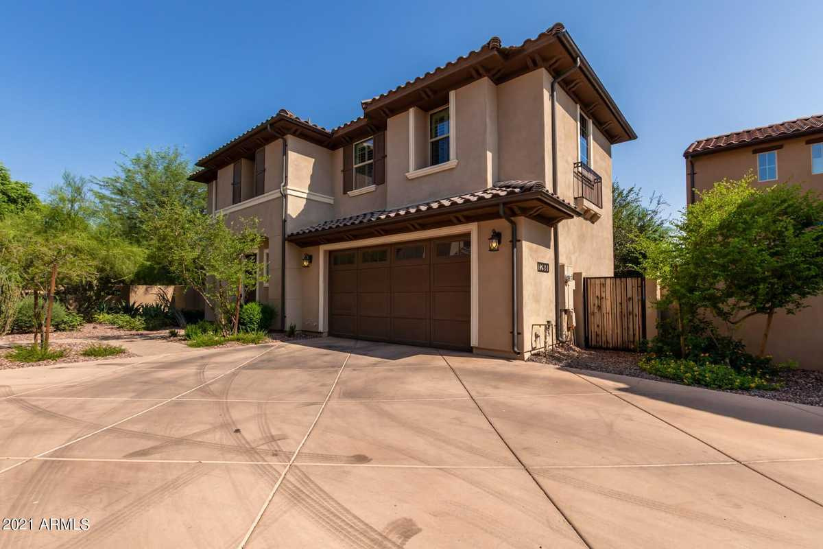 $460,000 - 3Br/3Ba - Home for Sale in Rosewood Village At The Foothills, Phoenix
