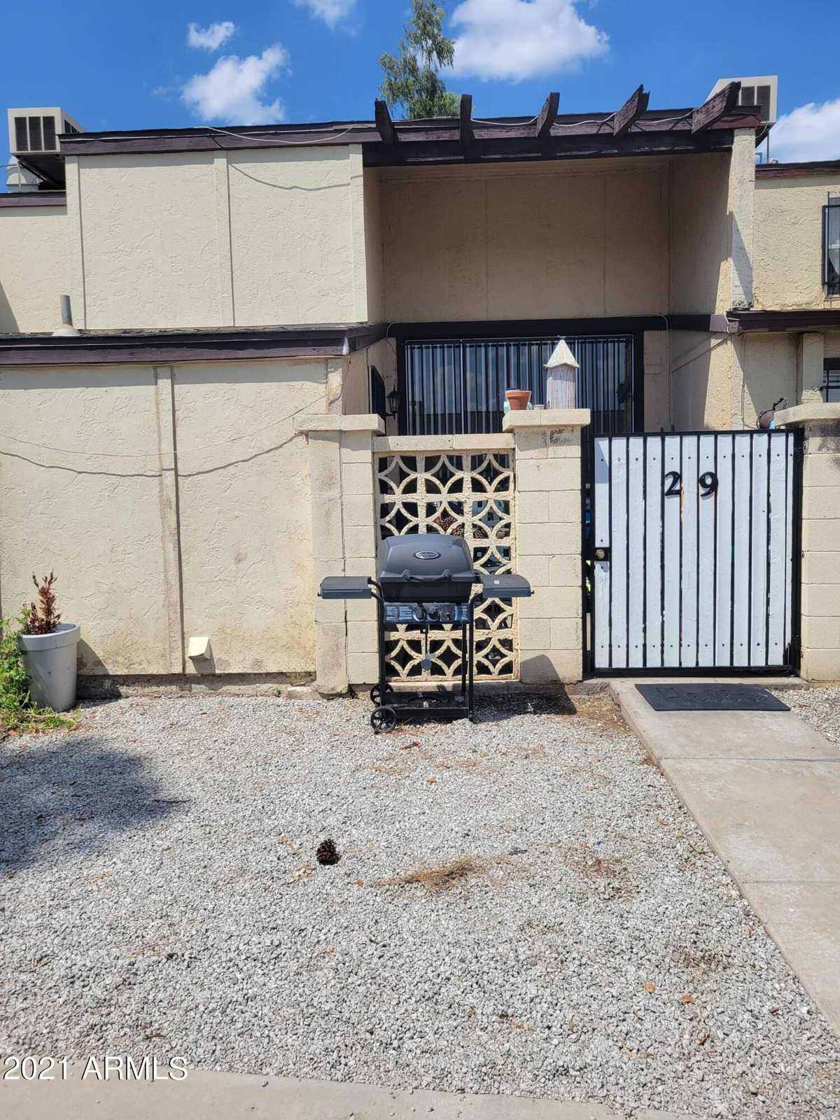 $159,900 - 2Br/2Ba -  for Sale in Cypress Gardens 3 Amd, Phoenix
