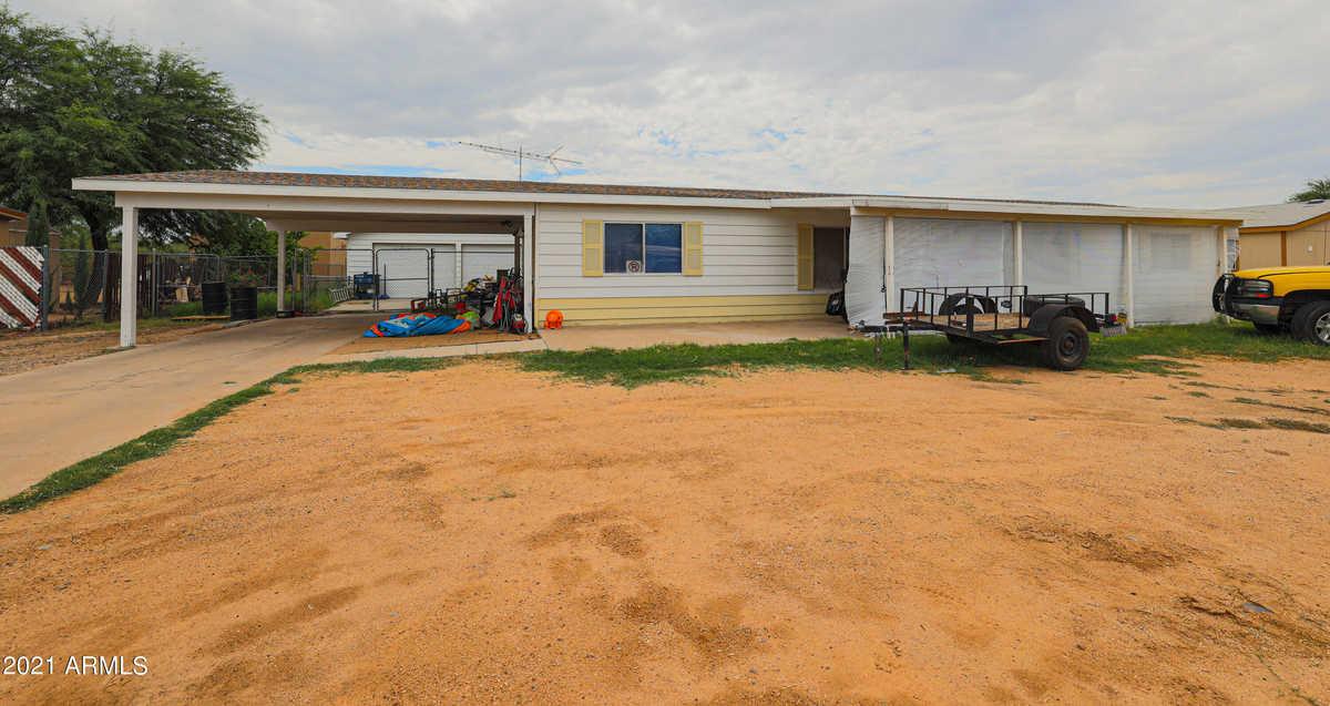 $315,000 - 4Br/2Ba -  for Sale in Mobile Ranchos Unit 6, Phoenix