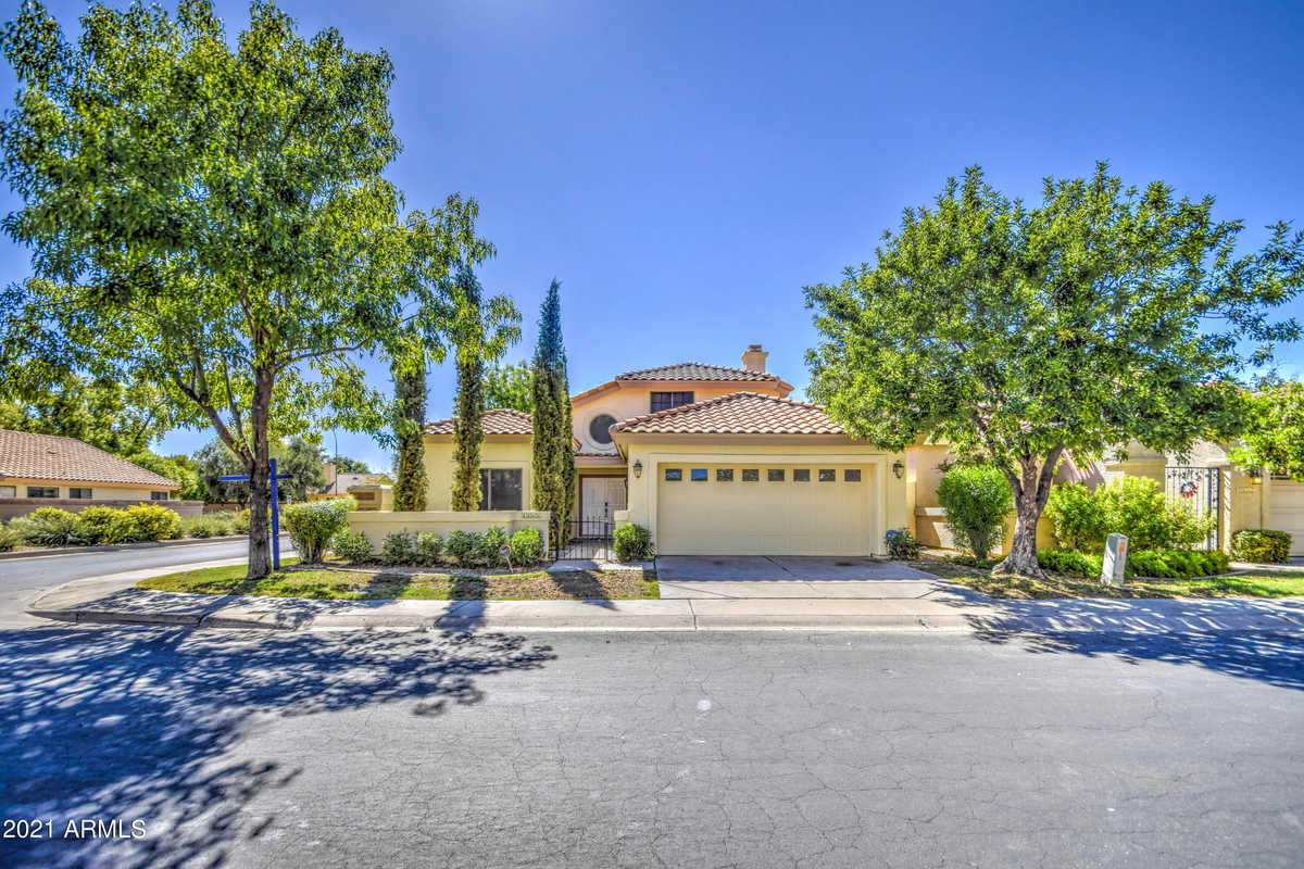 $549,900 - 3Br/3Ba - Home for Sale in Warner Ranch Manor 2, Tempe