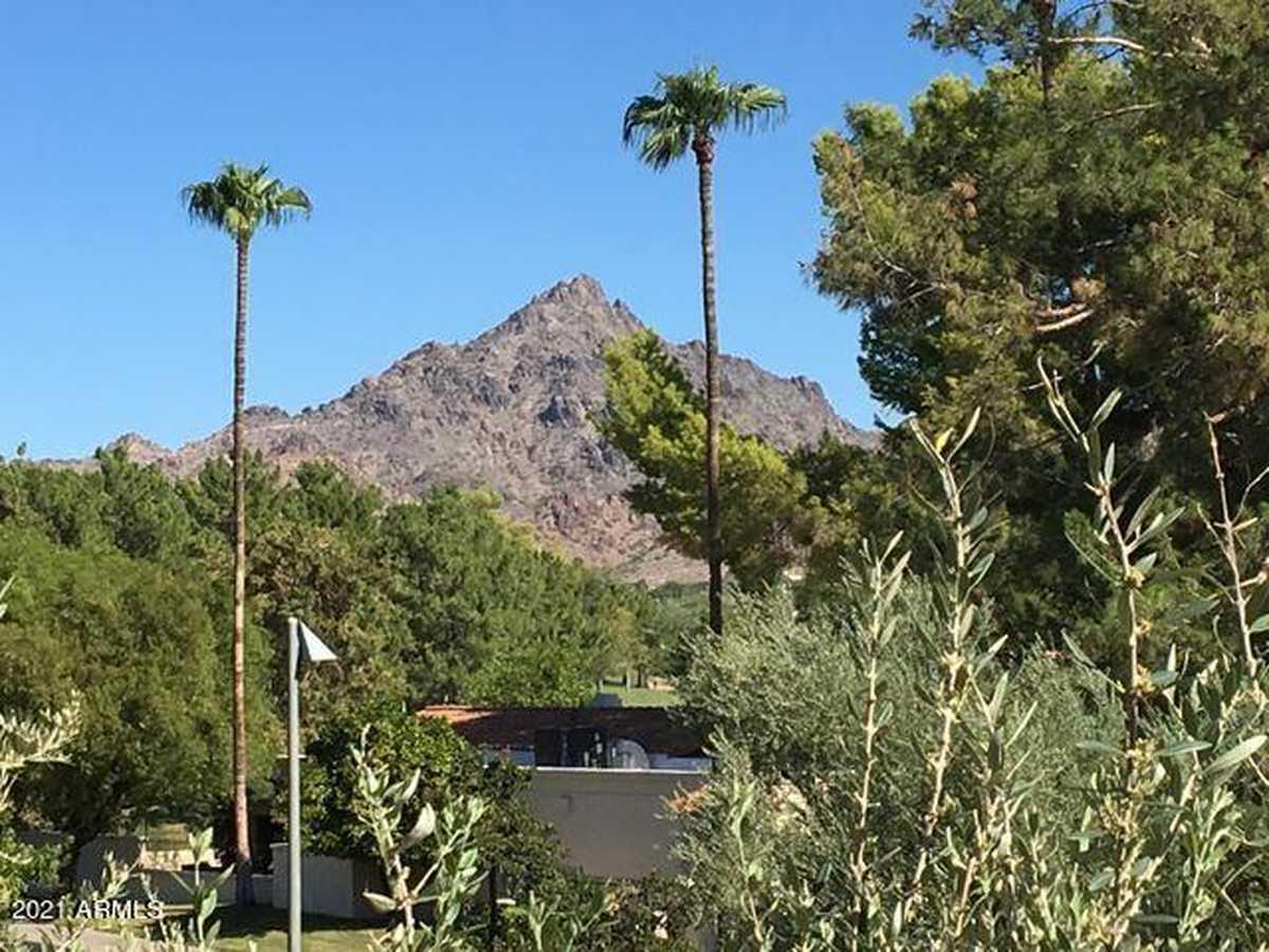 $372,000 - 2Br/2Ba -  for Sale in Biltmore Terrace Condominiums, Phoenix