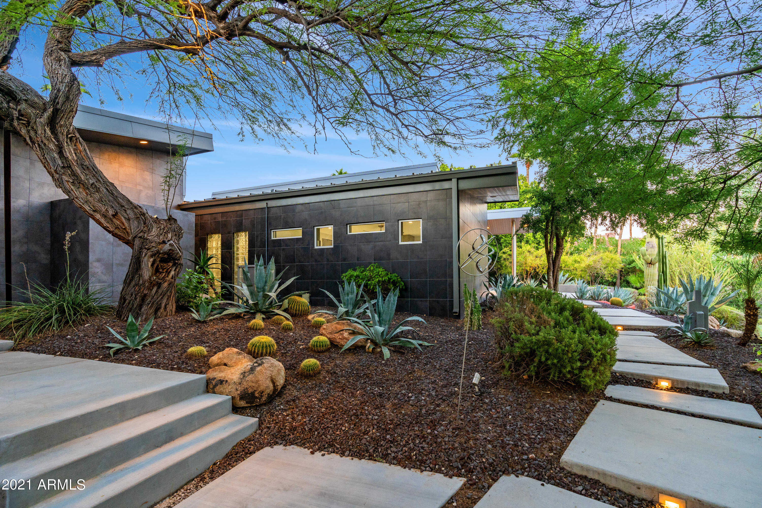 $4,250,000 - 4Br/5Ba - Home for Sale in Braecrest, Paradise Valley