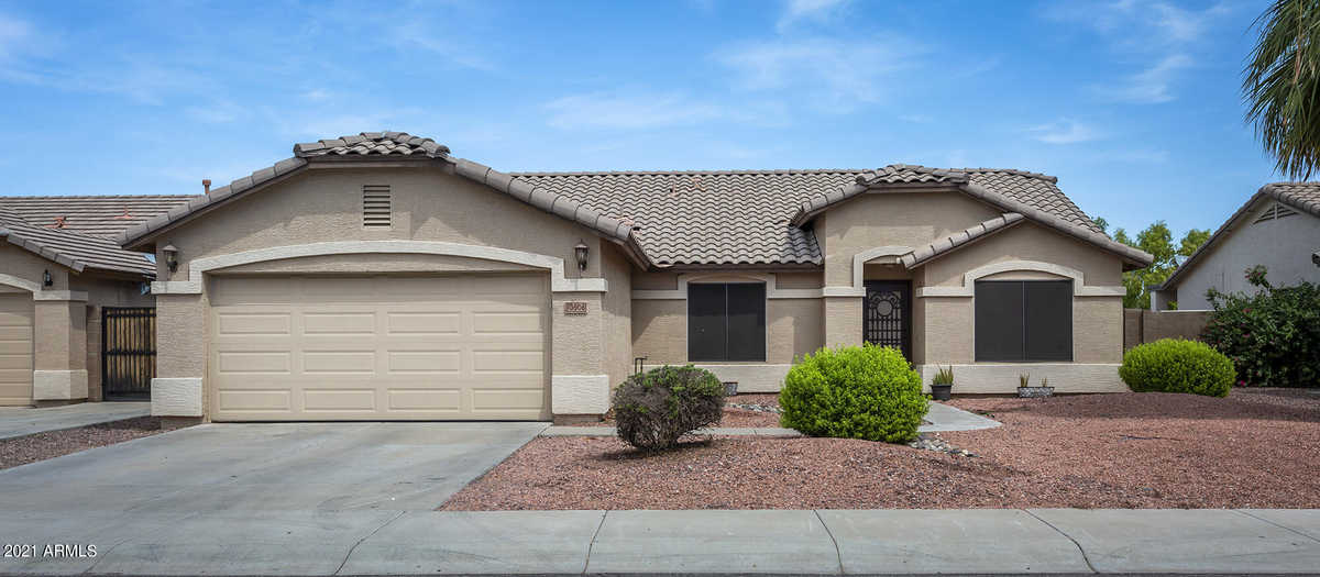 $429,000 - 4Br/2Ba - Home for Sale in Pecan Groves, Avondale