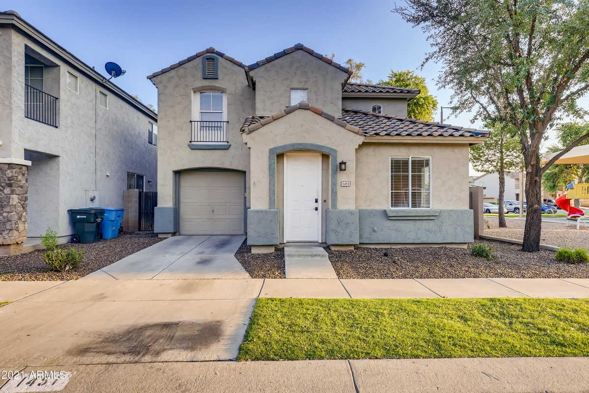 $334,200 - 3Br/3Ba - Home for Sale in Ridgefield, Phoenix