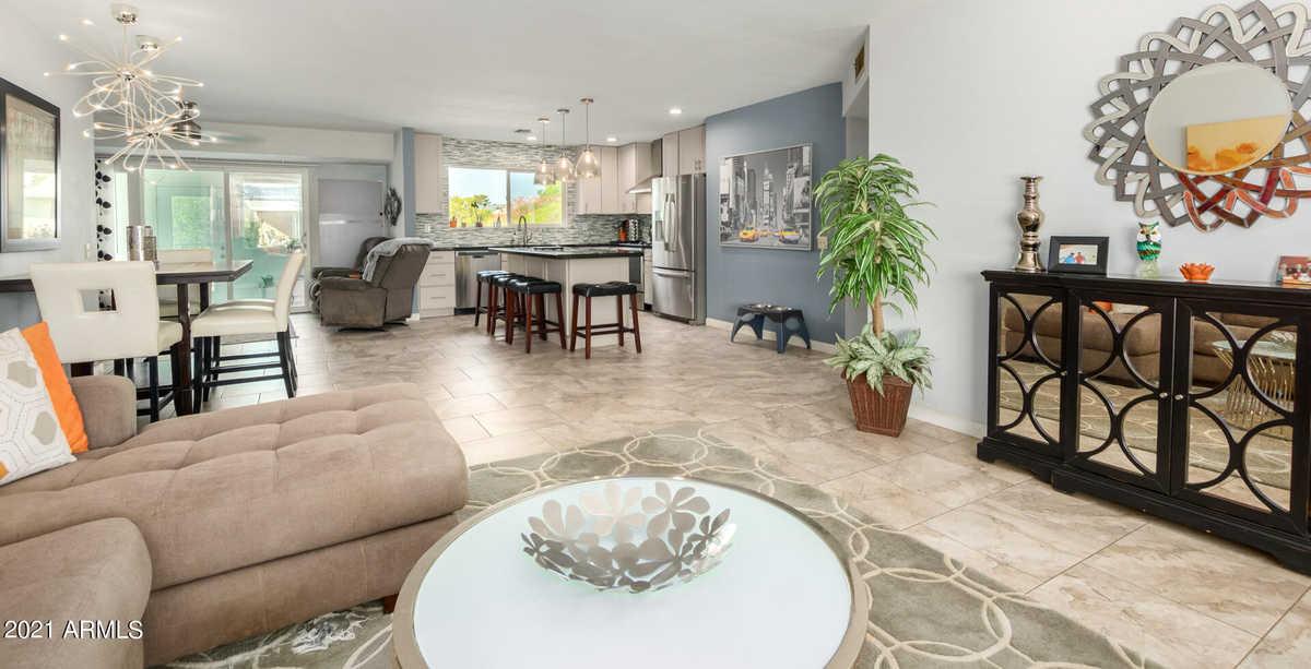 $359,900 - 2Br/2Ba - Home for Sale in Sun City 53, Sun City