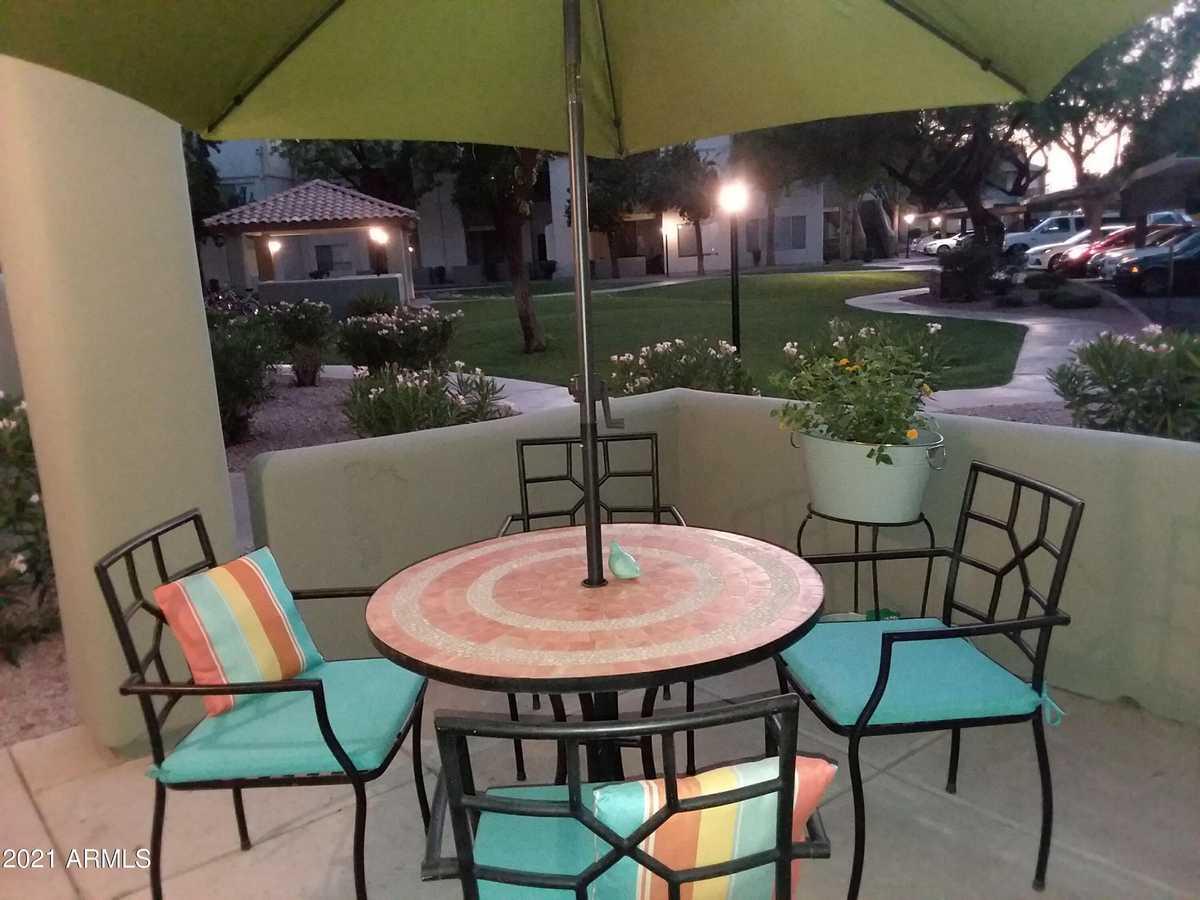 $249,000 - 1Br/1Ba -  for Sale in Lakeshore At Andersen Springs Condominium, Chandler