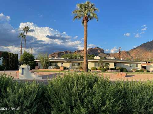 $1,350,000 - 3Br/3Ba - Home for Sale in Tierra Feliz, Phoenix