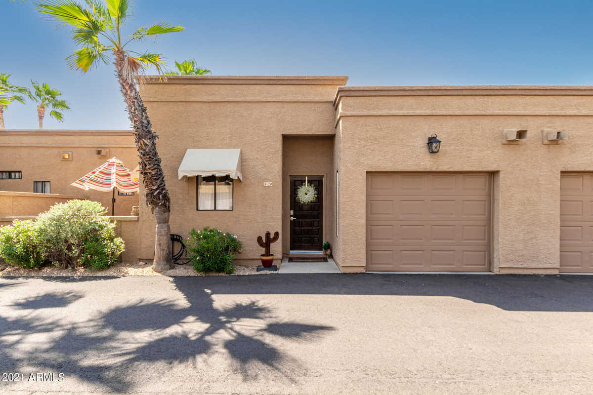$439,000 - 2Br/2Ba -  for Sale in Colony At Carefree, Carefree