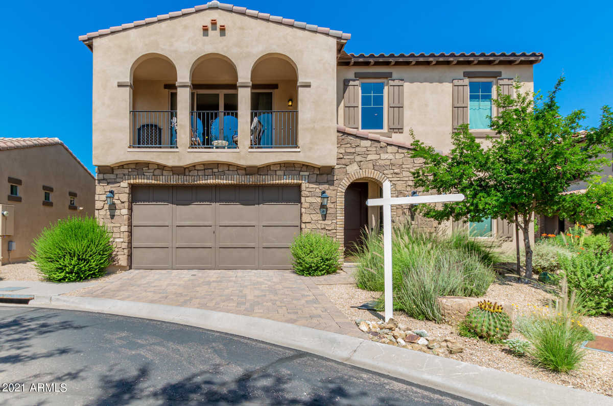 $739,000 - 2Br/3Ba - Home for Sale in Almarte Amd, Carefree