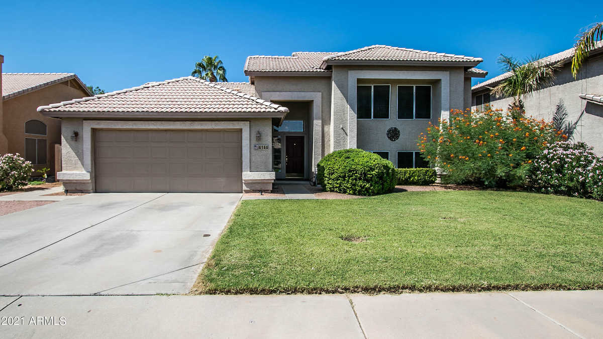 $559,000 - 5Br/3Ba - Home for Sale in Towne Meadows Amd Lot 1-591 Tr A, Gilbert