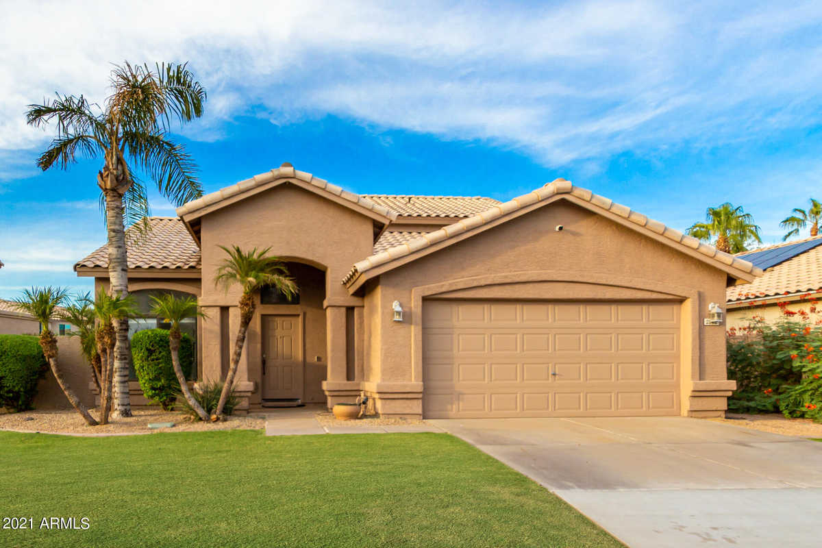$549,000 - 4Br/3Ba - Home for Sale in Cypress Point, Chandler
