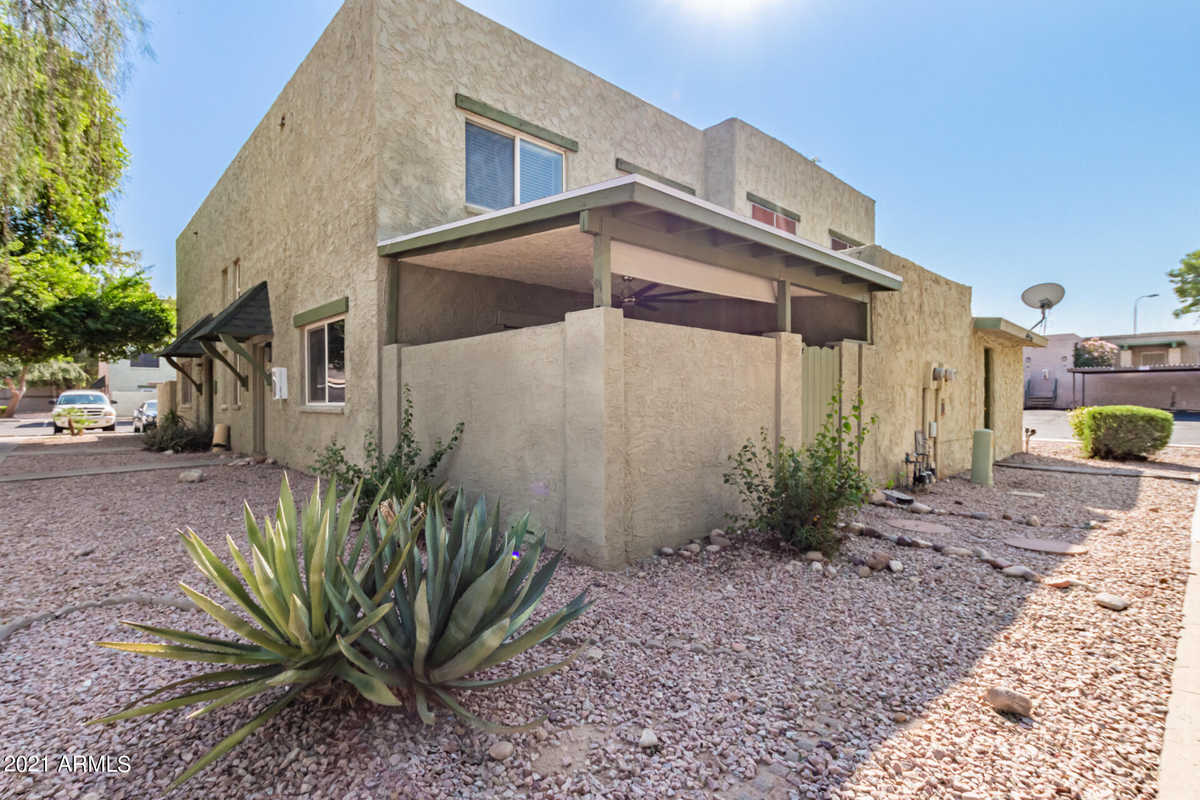 $249,900 - 2Br/2Ba -  for Sale in Country Club Heights Unit 3 2nd Amd, Mesa