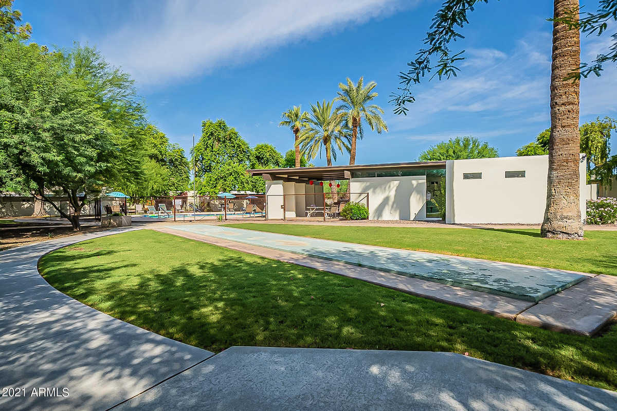 $599,000 - 2Br/2Ba -  for Sale in Arcadia Green, Phoenix