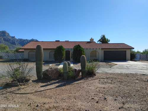 $475,000 - 3Br/2Ba - Home for Sale in S24 T1n R8e, Apache Junction