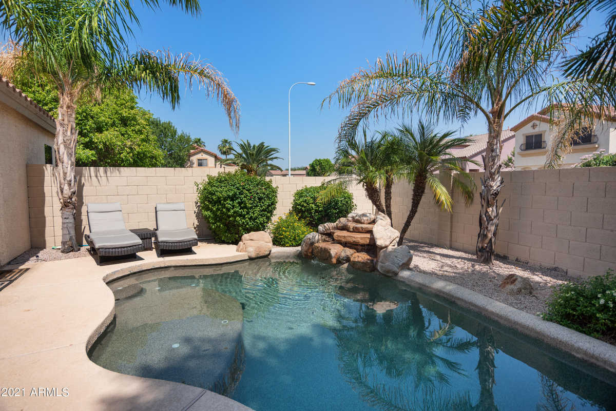 $495,000 - 3Br/2Ba - Home for Sale in Silverlake, Chandler