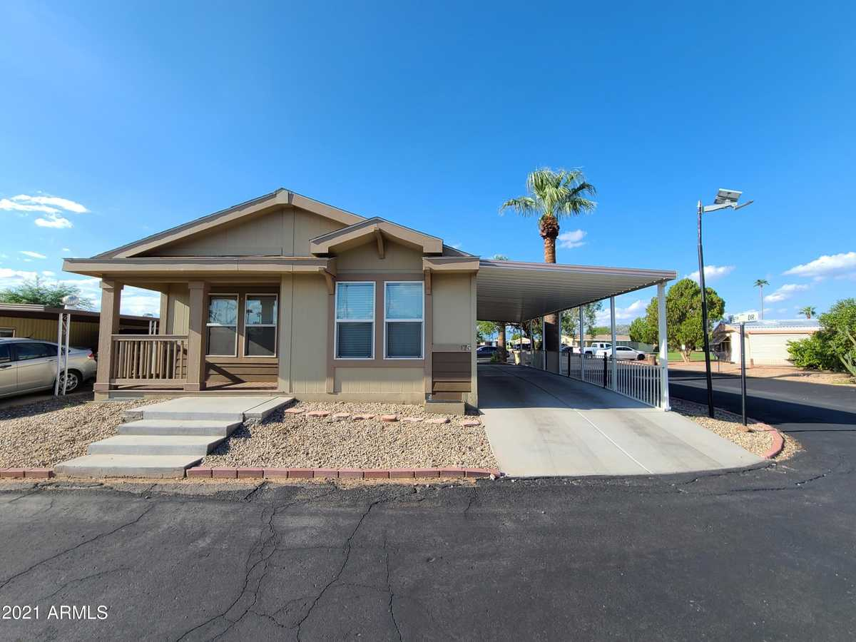 $125,000 - 3Br/2Ba -  for Sale in San Estrella, Phoenix