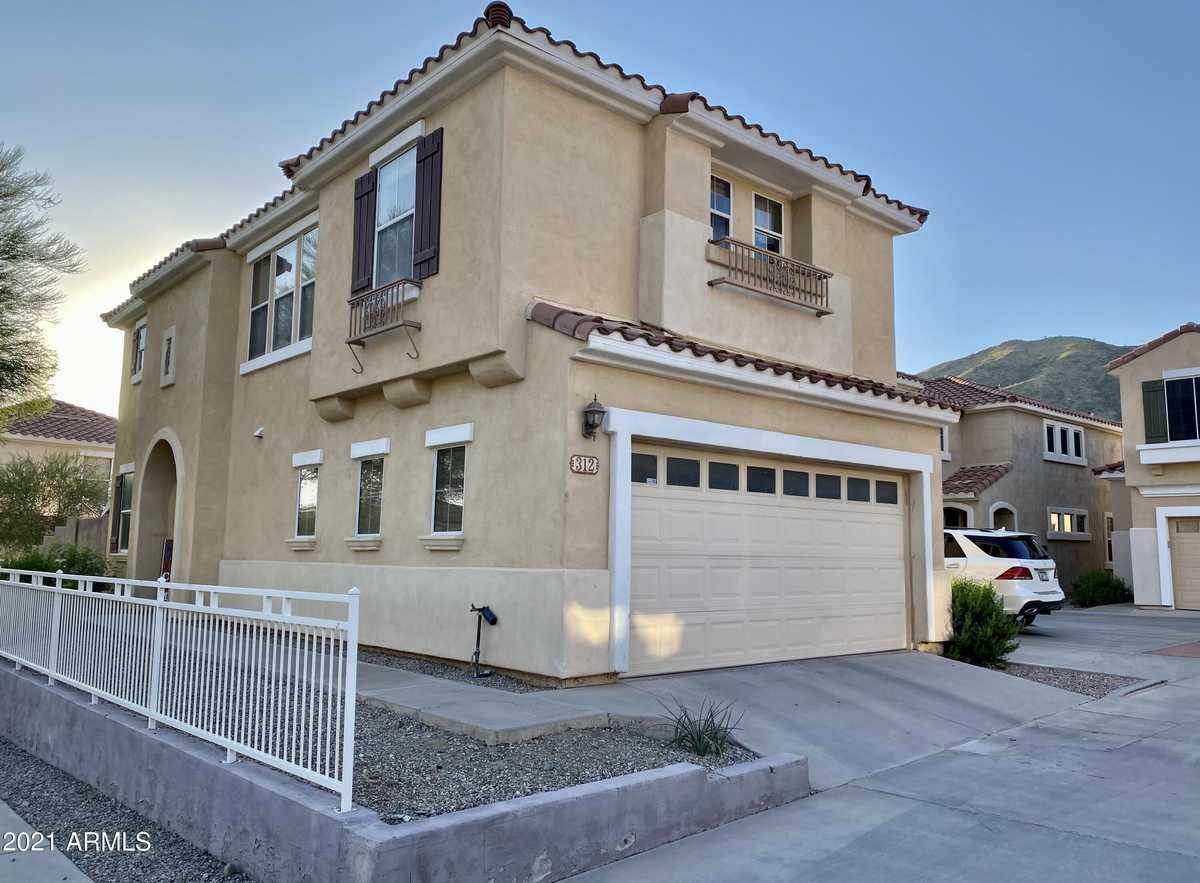 $399,900 - 3Br/3Ba - Home for Sale in Foothills Club West Parcel 14b, Phoenix