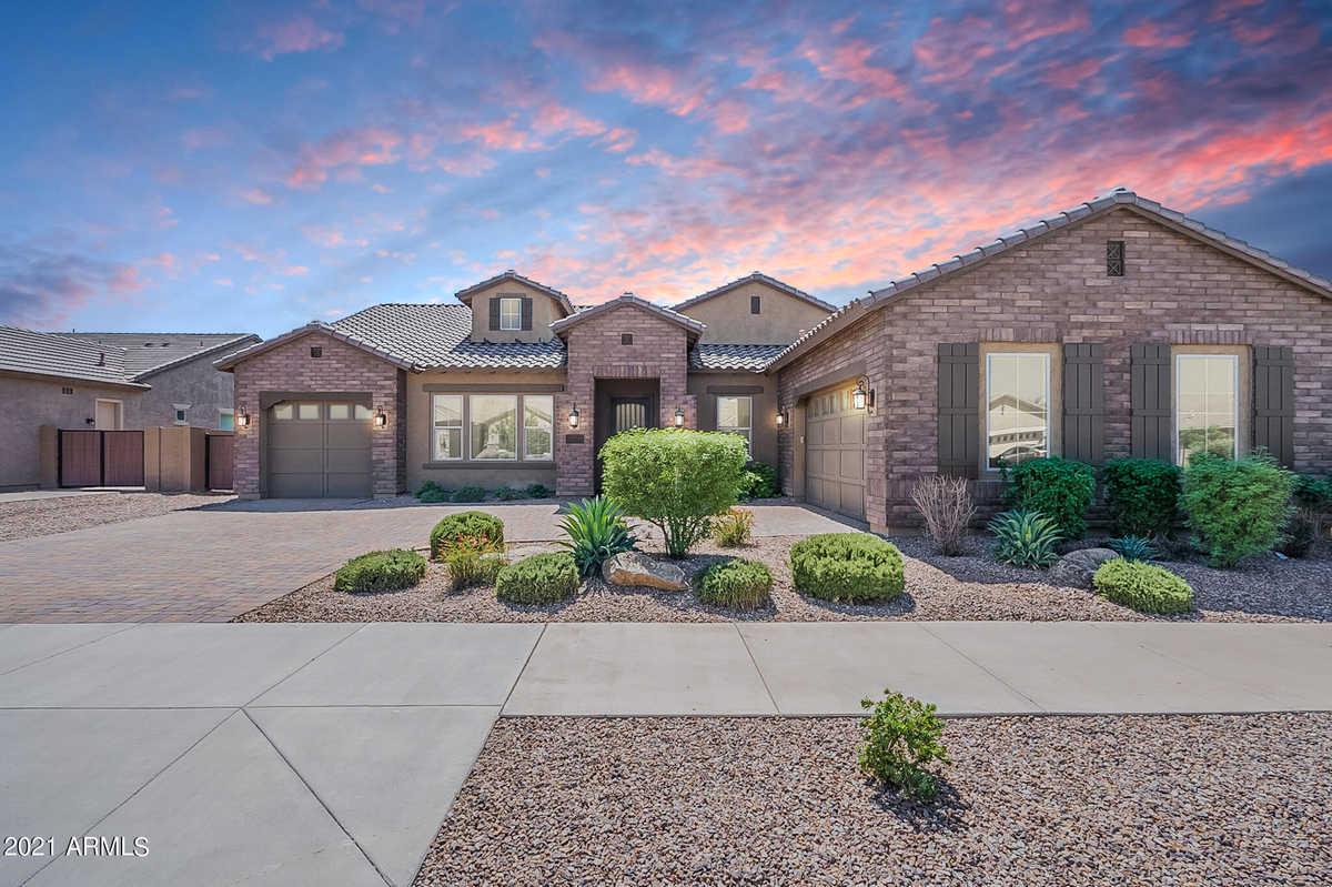 $950,000 - 5Br/5Ba - Home for Sale in Charleston Estates, Queen Creek