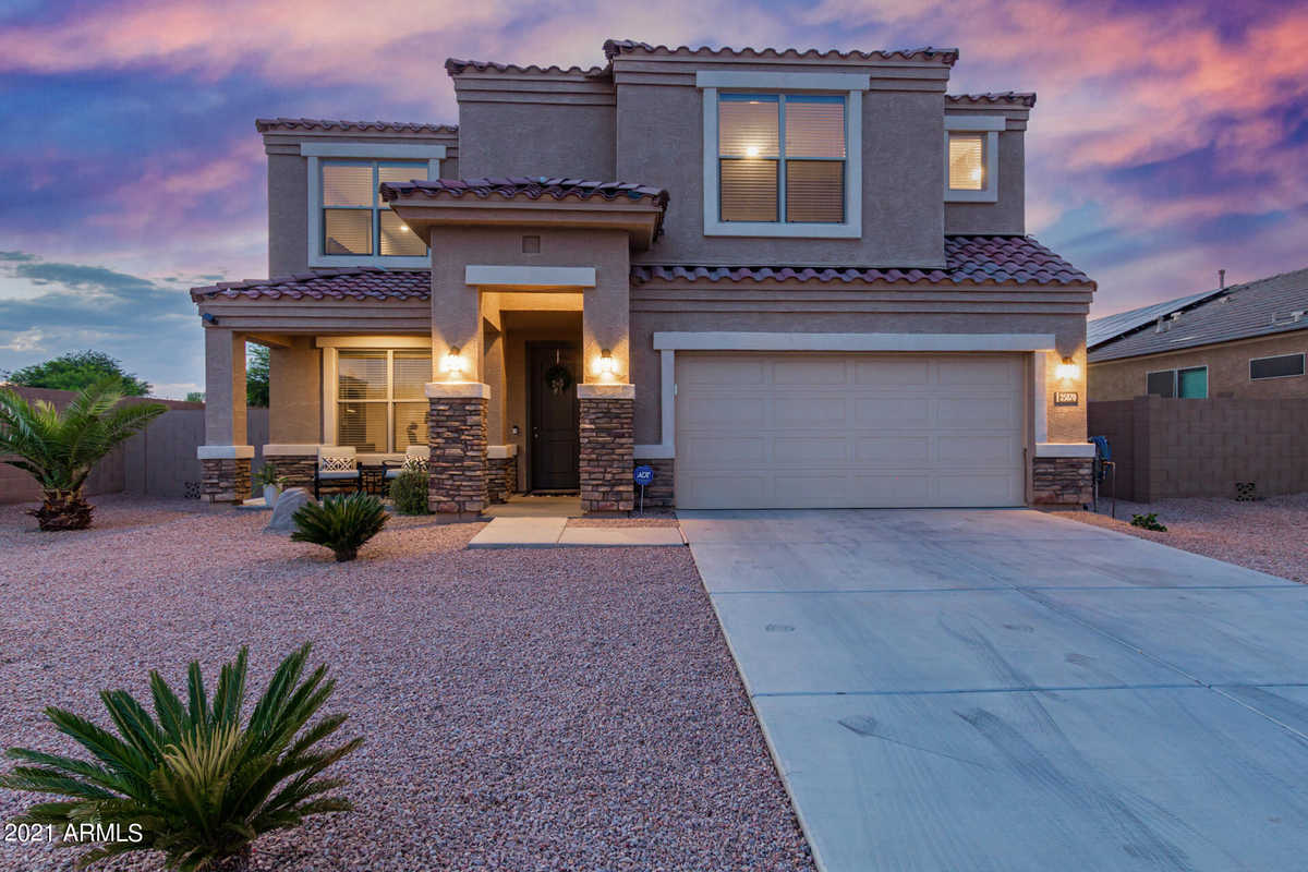$500,000 - 4Br/4Ba - Home for Sale in Parcel 16 At Circle Cross Ranch, San Tan Valley