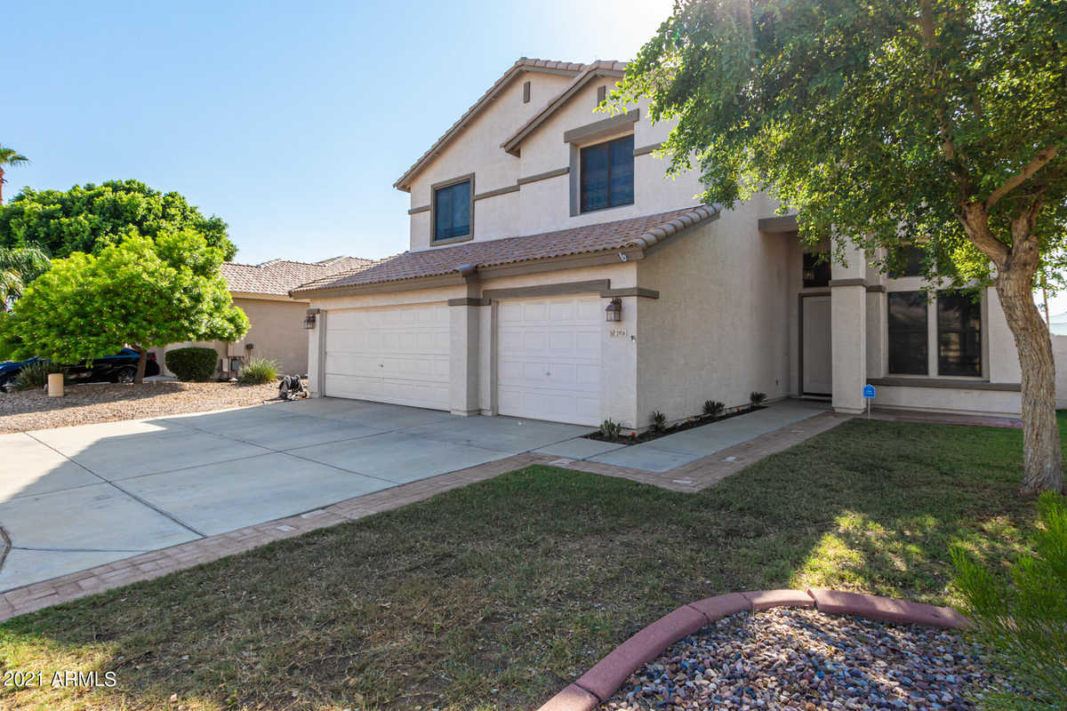 $470,000 - 5Br/3Ba - Home for Sale in Garden Lakes Parcel 26 & 31, Avondale