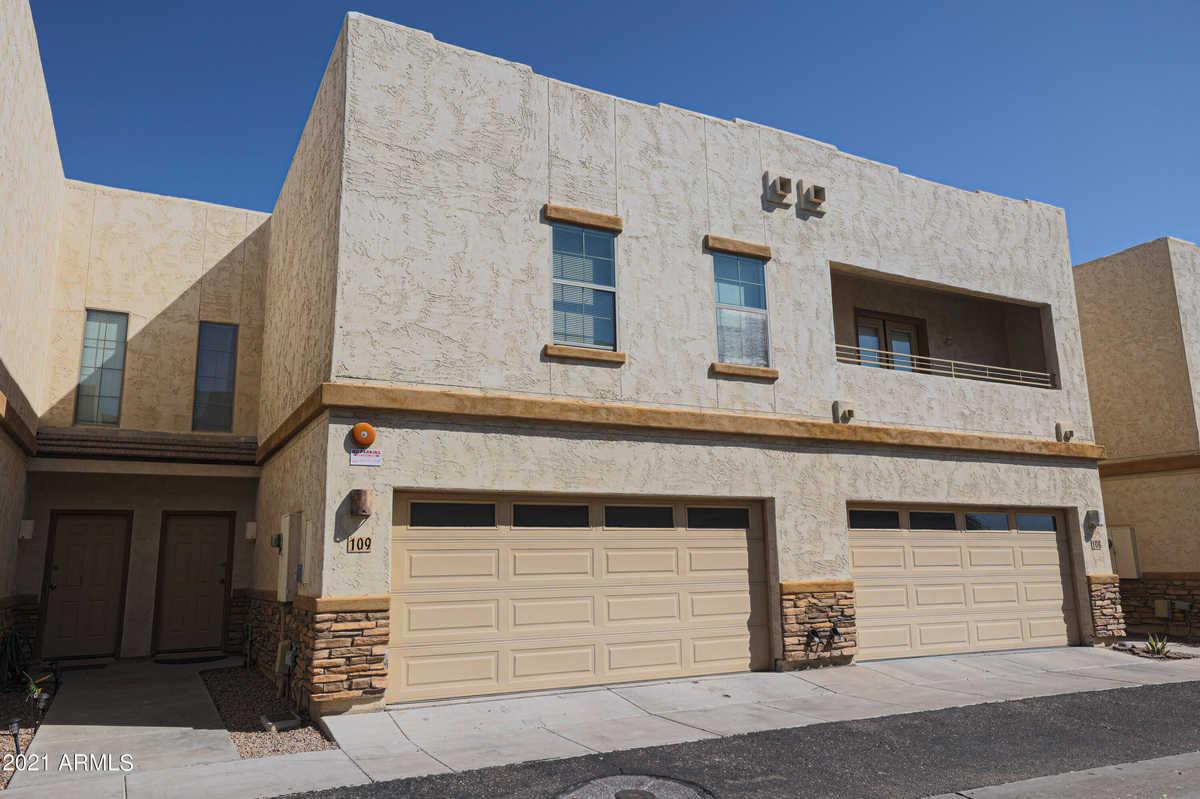 $274,950 - 3Br/3Ba -  for Sale in Greenway Estates Condominium, Phoenix