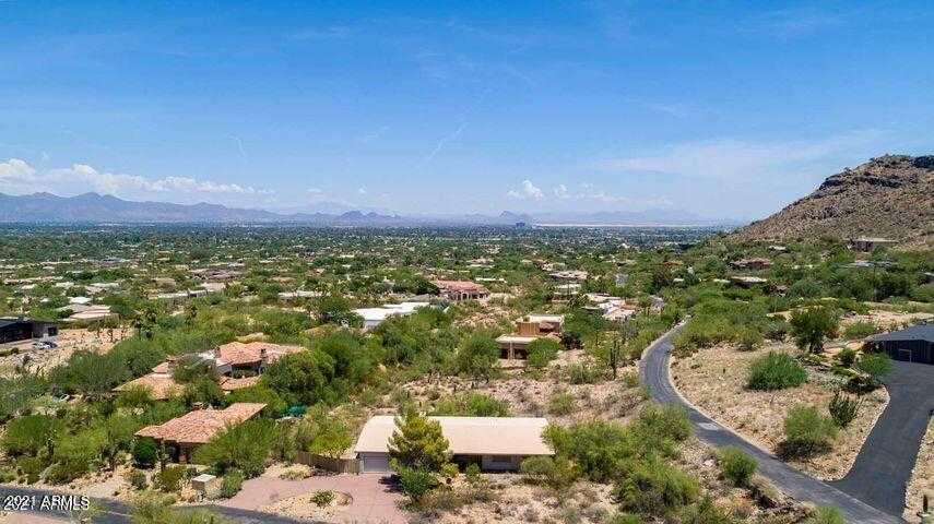 $1,875,000 - 3Br/2Ba - Home for Sale in Mummy Mountain Park 3, Paradise Valley