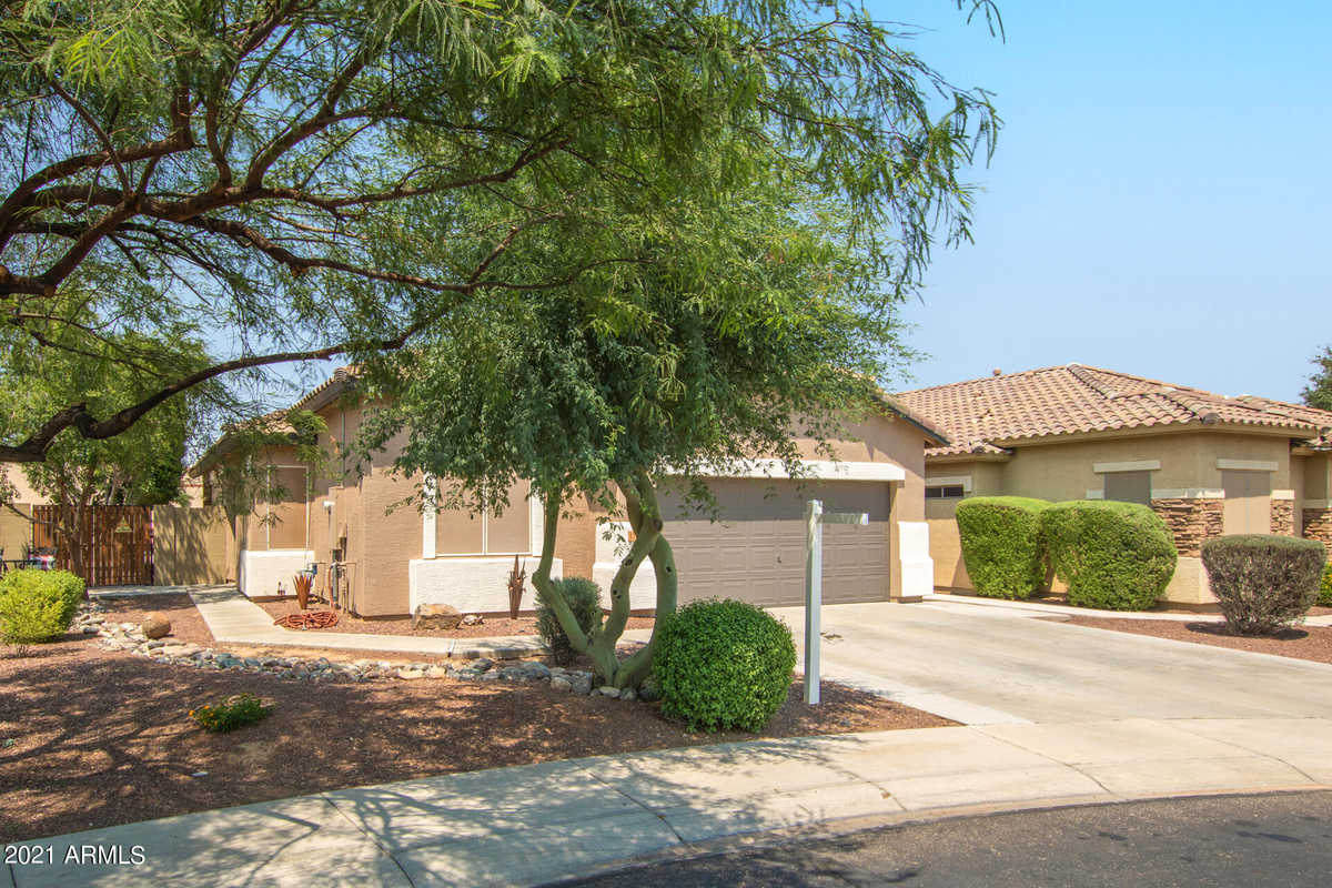 $375,000 - 3Br/2Ba - Home for Sale in Surprise Farms Phase 1-a North Parcel 4, Surprise