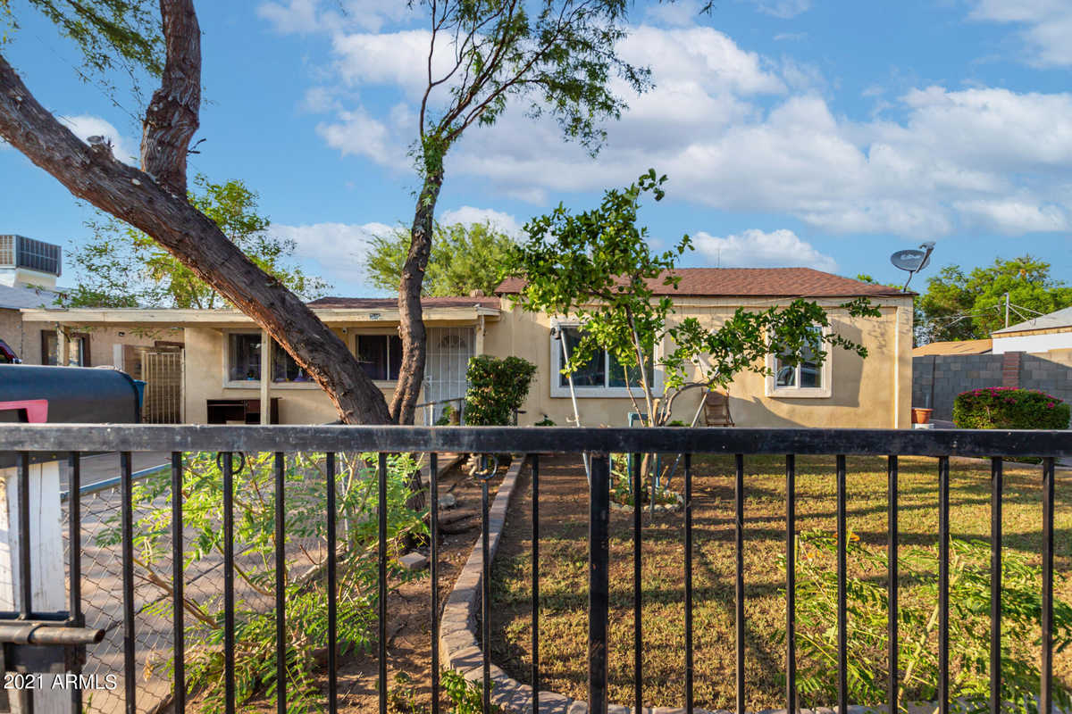$280,000 - 4Br/2Ba - Home for Sale in Westmanor Homes Lots 1-154, Phoenix