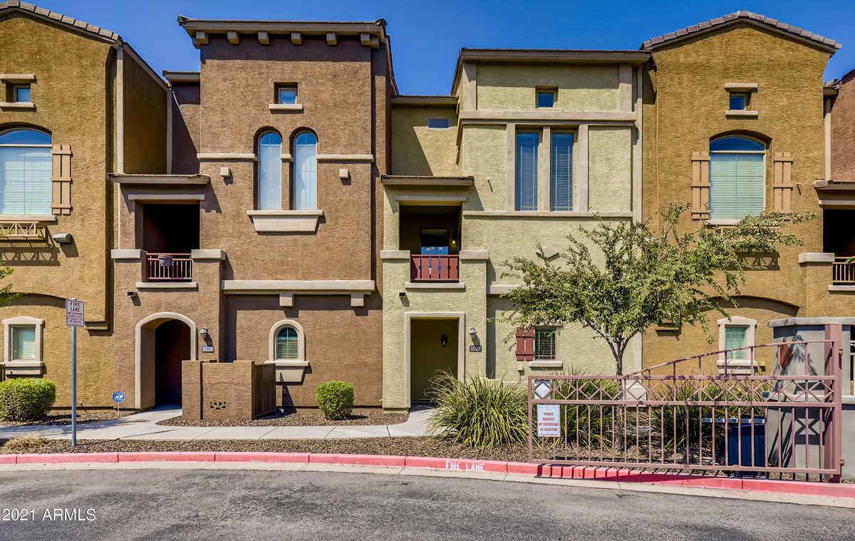 $357,100 - 2Br/3Ba -  for Sale in Via De Cielo Condominium, Chandler