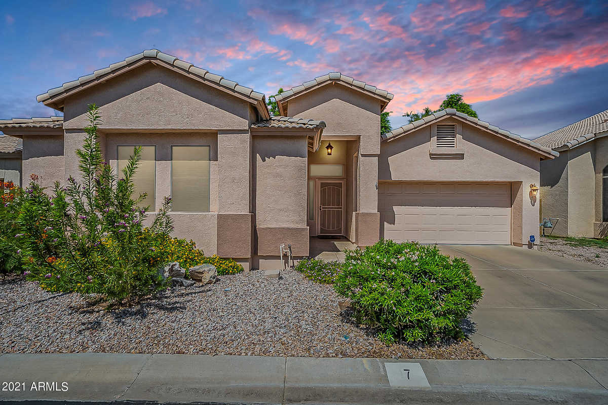 $335,000 - 3Br/2Ba - Home for Sale in Mesa Court, Mesa