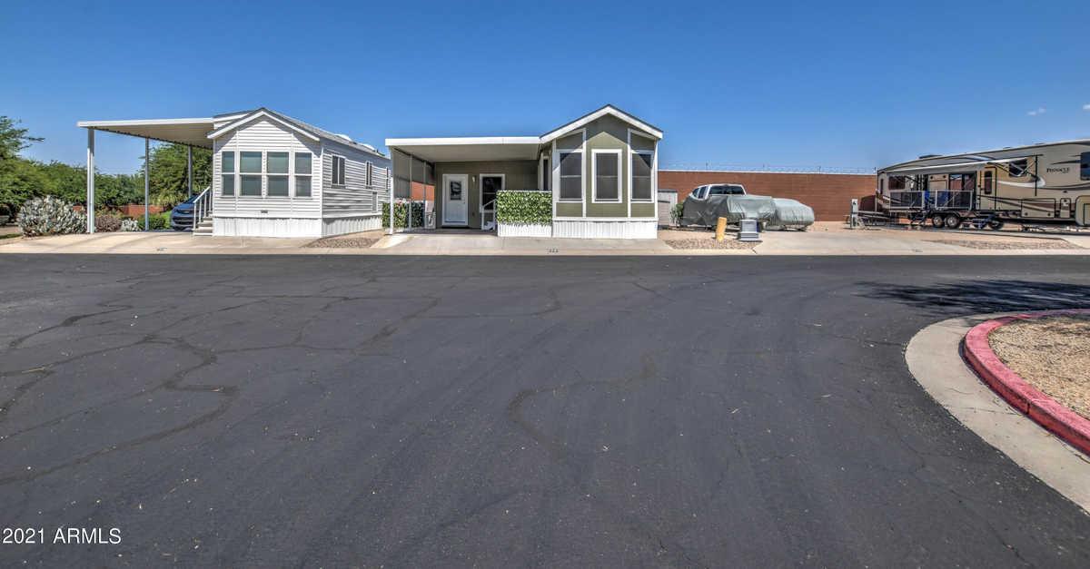 $57,000 - 1Br/1Ba -  for Sale in Desert Vista Rv Resort, Mesa