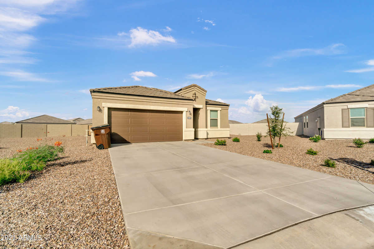 $450,000 - 4Br/2Ba - Home for Sale in The Village At Copper Basin Unit 5c-1 2017019532, San Tan Valley