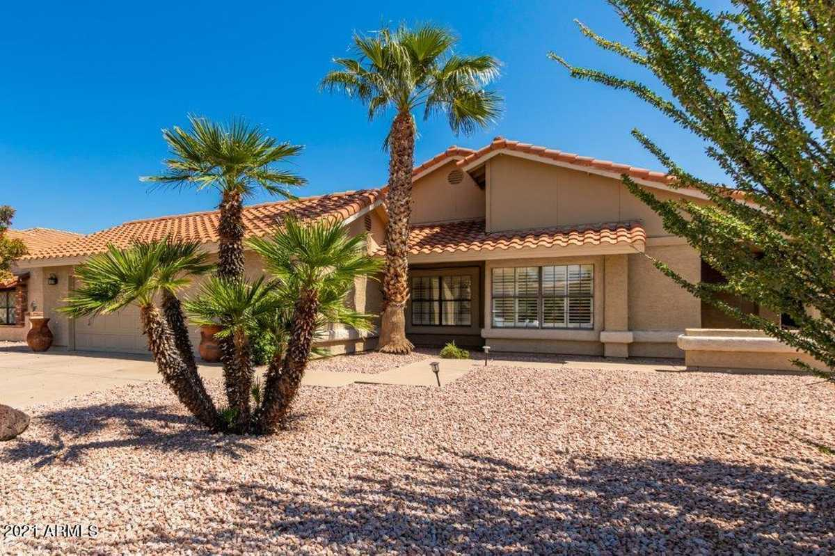 $419,000 - 3Br/2Ba - Home for Sale in Ahwatukee Rs-9, Phoenix
