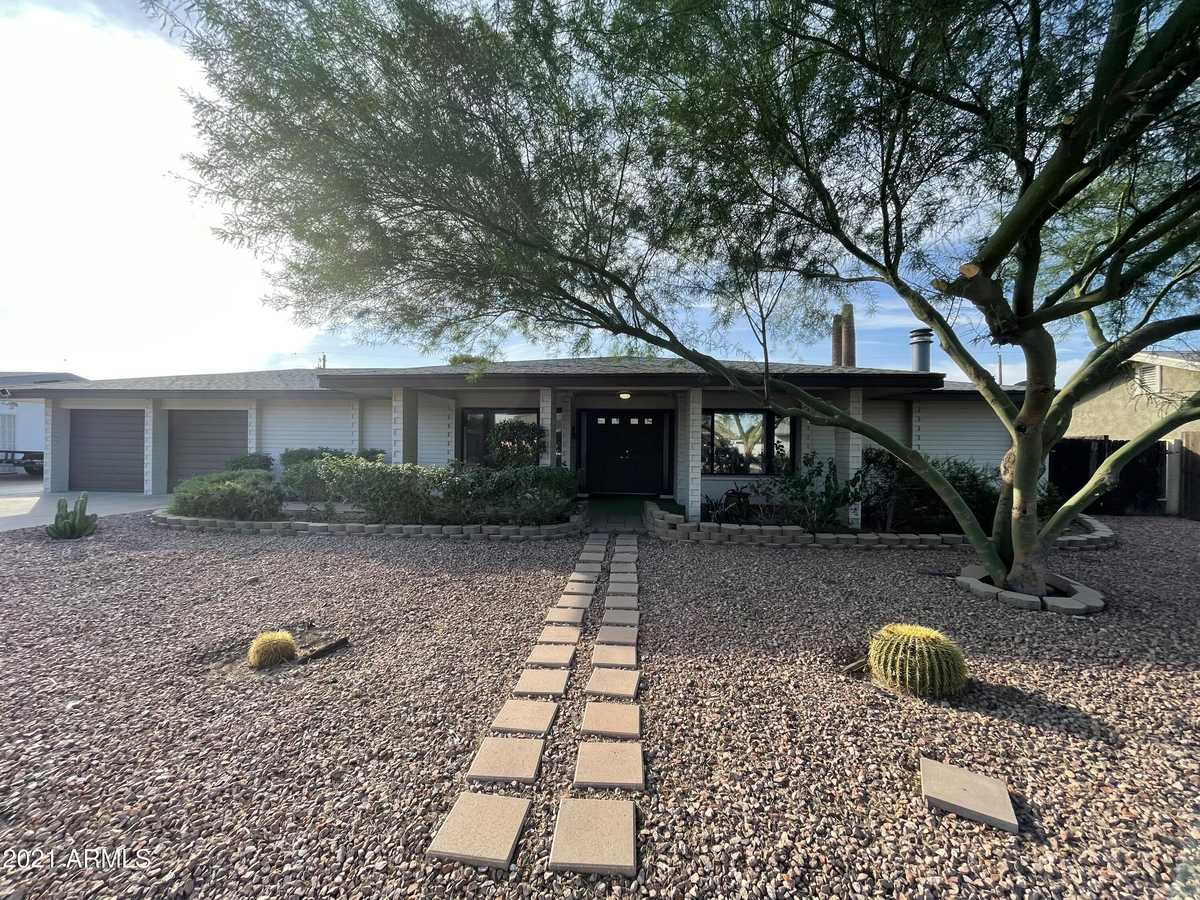 $369,999 - 4Br/3Ba - Home for Sale in Maryvale Terrace 25 Amd Lots 13409-13534, Phoenix