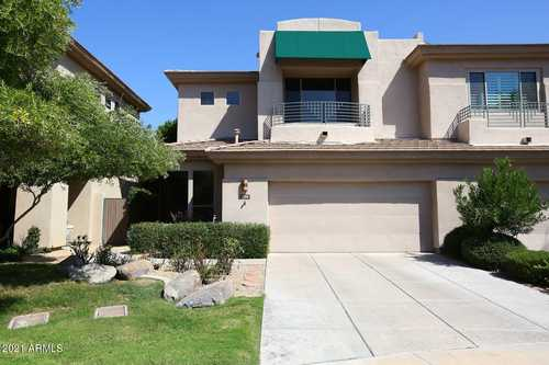 $725,000 - 3Br/3Ba -  for Sale in Gainey Village Casitas, Scottsdale