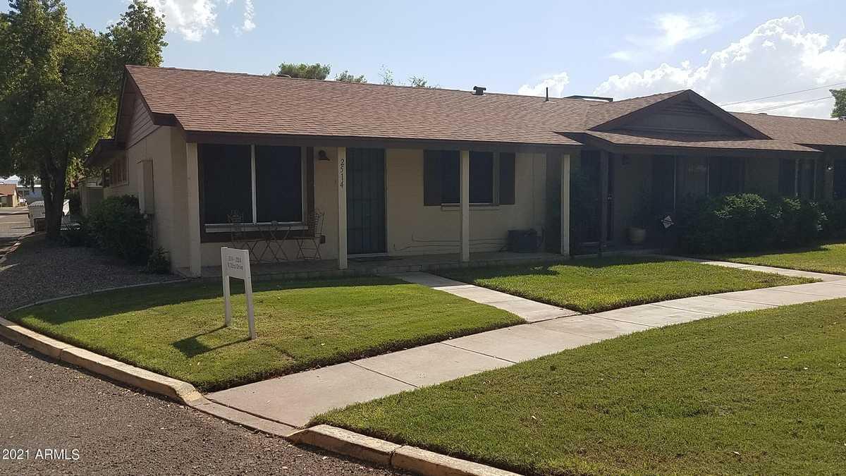 $235,000 - 2Br/2Ba -  for Sale in Encanto Park Townhouses, Phoenix