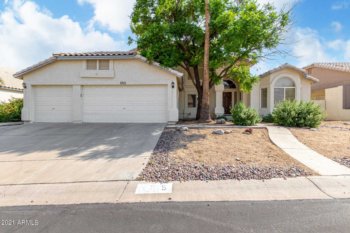 $699,000 - 5Br/4Ba - Home for Sale in Estates At Tapatio Cliffs, Phoenix