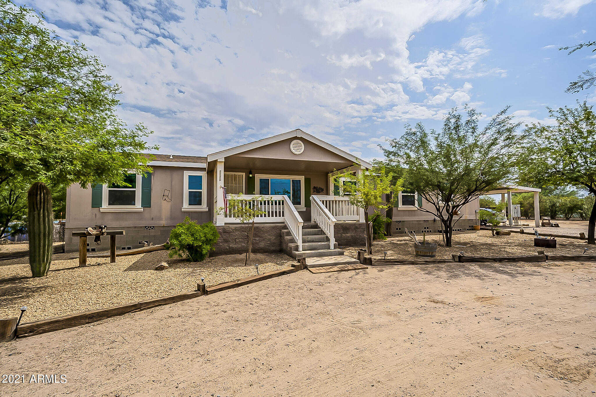 $467,500 - 4Br/2Ba -  for Sale in Rural - Not Subdivided, Buckeye