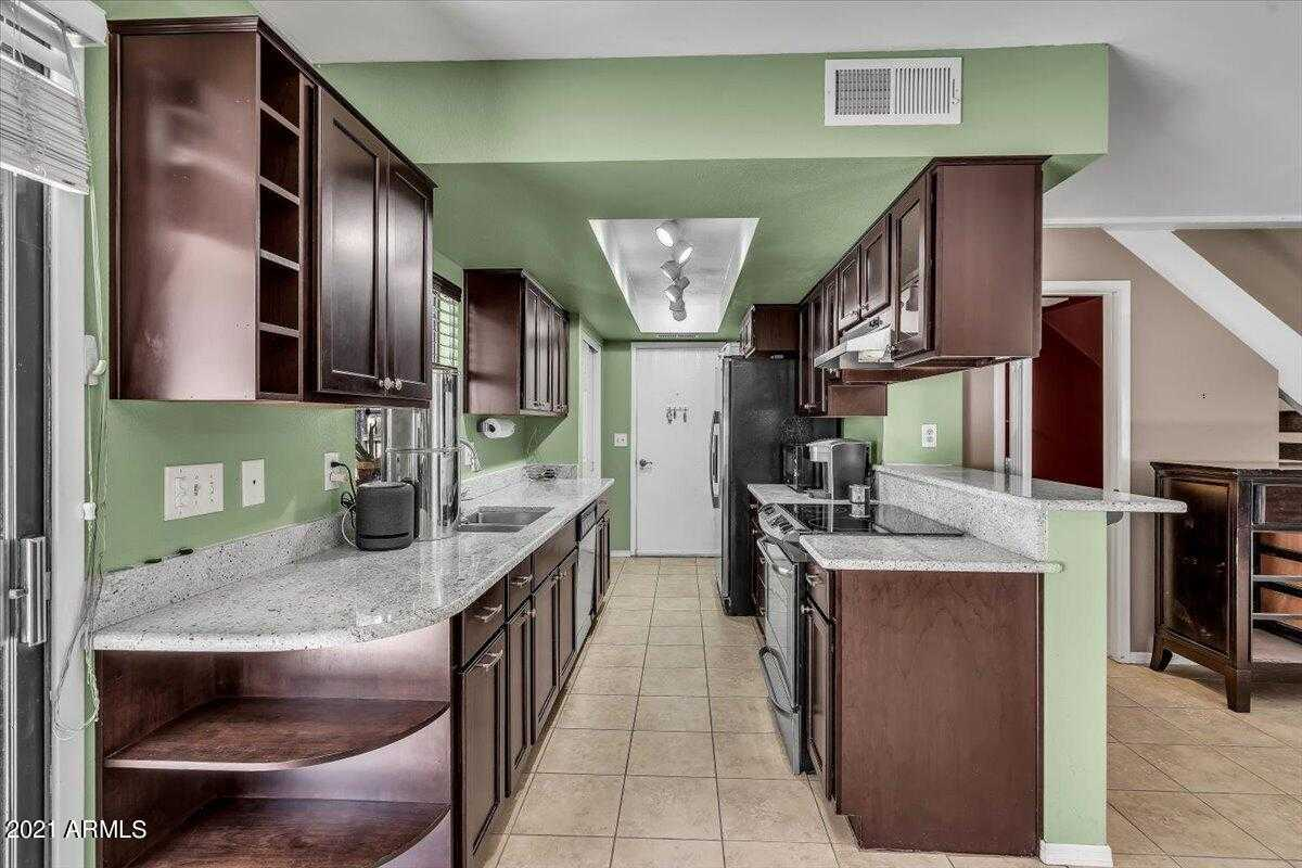 $299,900 - 2Br/2Ba -  for Sale in Pointe South Mountain, Phoenix