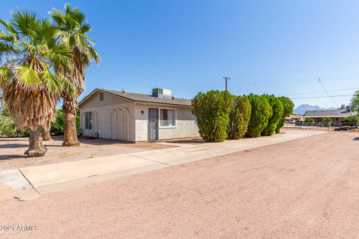 $315,000 - 4Br/2Ba - Home for Sale in St Francis Subdivision Lots 1-11, Apache Junction