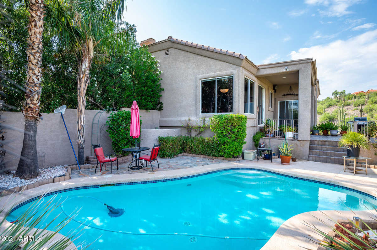 $680,000 - 3Br/3Ba - Home for Sale in Cimber Point Estates, Lot 8, Fountain Hills