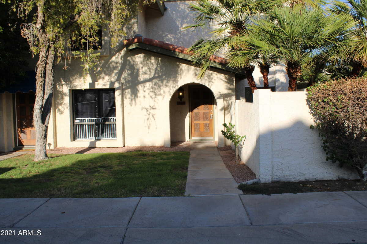 $325,000 - 2Br/2Ba -  for Sale in Pointe South Mountain, Phoenix