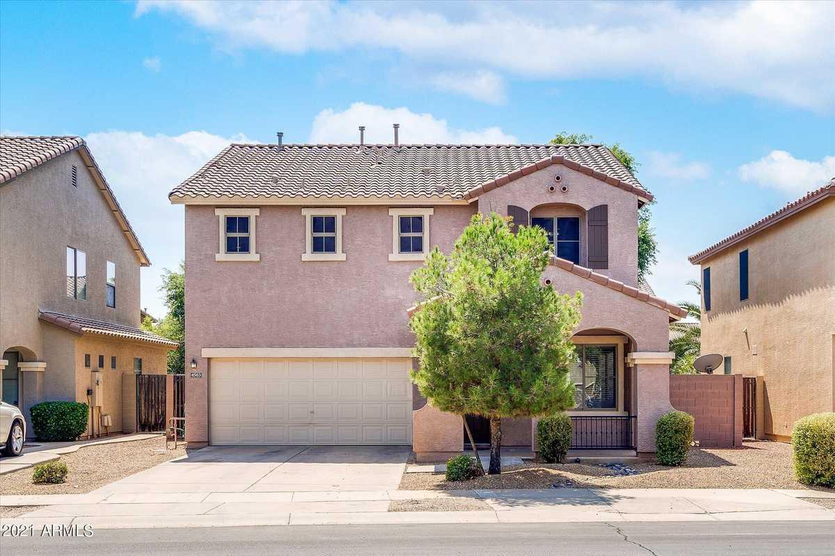 $495,000 - 3Br/3Ba - Home for Sale in Gateway Village, Gilbert