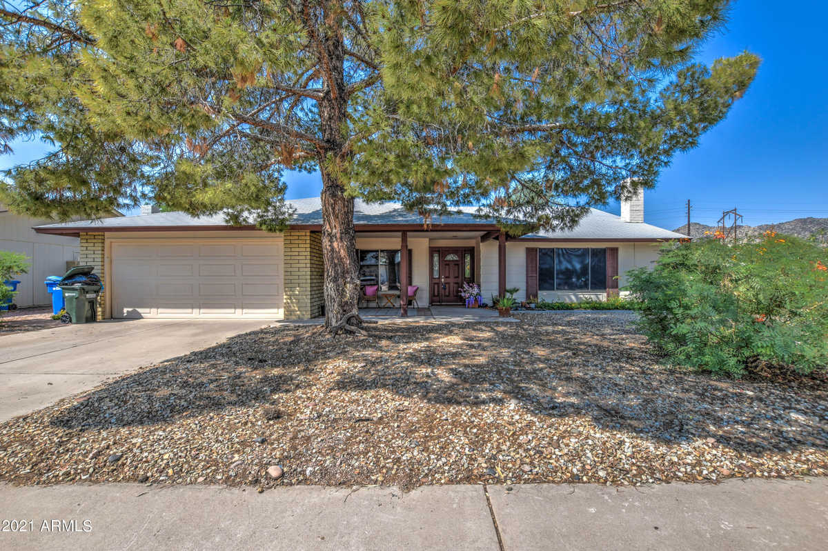 $339,900 - 3Br/2Ba - Home for Sale in Ahwatukee Fs 3 Lots 1590 Through 1716 & Tract A, Phoenix