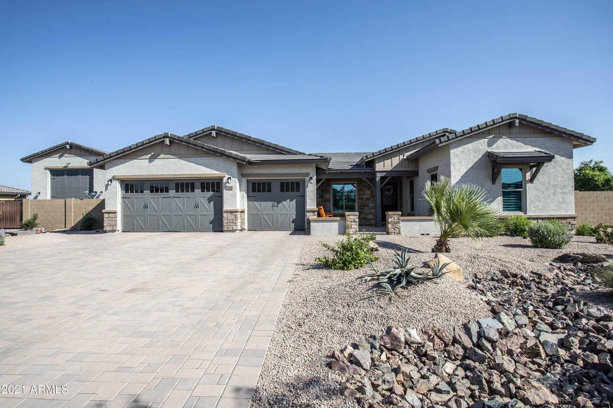 $1,095,000 - 4Br/3Ba - Home for Sale in Bellero, Queen Creek