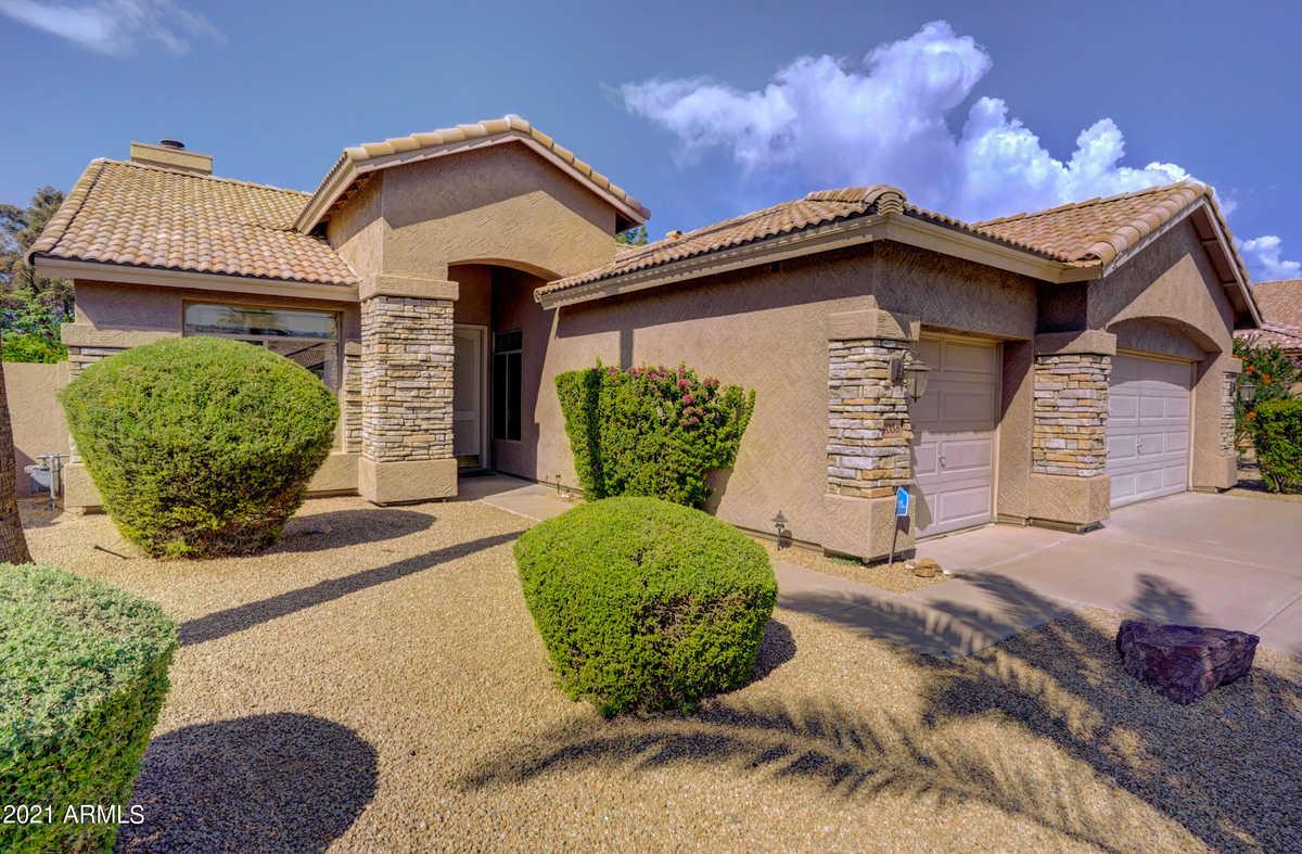 $554,900 - 4Br/2Ba - Home for Sale in Superstition Highlands, Gilbert